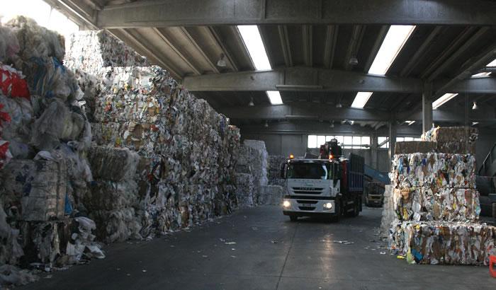 referenze azienda gestione rifiuti bologna