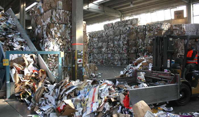 smaltimento rifiuti industriali aziendali bologna